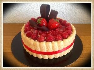 Charlotte fruits rouges cours de pâtisserie à domicile sur Bordeaux